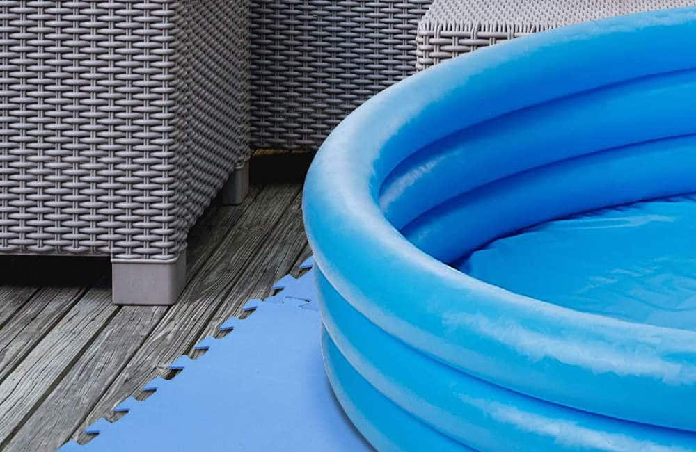 Can you put a Paddling Pool on Decking?